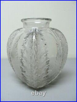 Authentic R. Lalique CHARDONS Frosted & Clear Vase