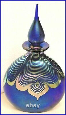 Correia spectacular signed perfume bottle 8, pulled feather design