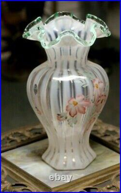 Fenton Signed Jane Reynolds Opalescent Meadow Beauty 9.5 Vase Green Crest Rim