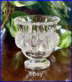 Lalique Dampierre Sparrows Vase in Mint Condition Signed Authentic Retail $895