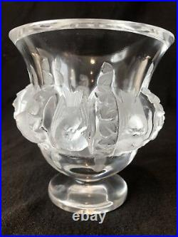 Lalique France Crystal Dampierre Vase Sparrow Birds Beautiful