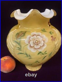 Large Fenton Hand-Painted Stunning Vase signed Donna Robinson! $1 NR