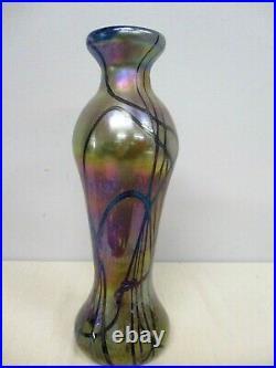 Signed Fellerman & Raabe 11 1/4 Iridescent Art Glass Vase