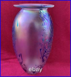 Vintage 1991 Eickholt Peacock Iridescent Art Glass Vase Signed 9